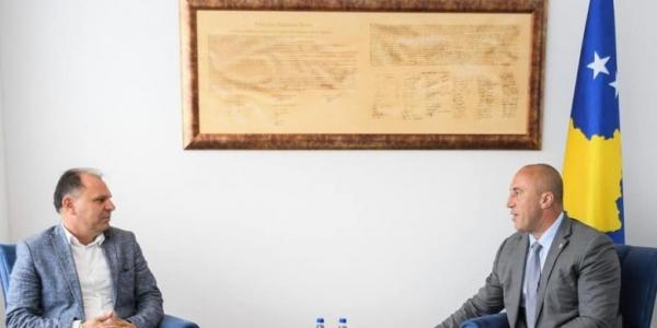 Haradinaj thotë se përfituesit më të mëdhenj të taksës